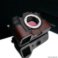 Für weitere Info hier klicken. Artikel: Gariz Halbtasche passend für Sony Alpha 7R IV braun